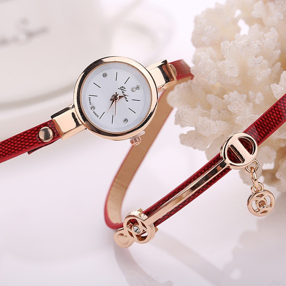 Women's Casual Round Quartz Watch with Leather Strap